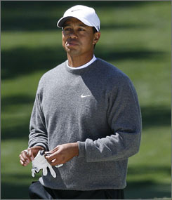 Even with a rough finish, Tiger Woods was one player that managed to post a good score on Saturday.