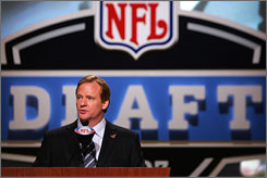 NFL commissioner Roger Goodell met with five of the league's top draft picks in New York prior to the April 28 selection meeting.