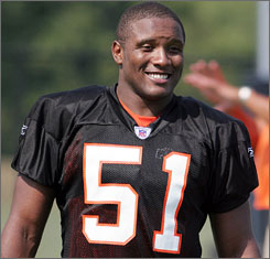 Bengals linebacker Odell Thurman takes a break during training camp in 2005.