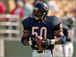 Mike Singletary won two Defensive Player of the Year awards during his 12-year career with the Bears.