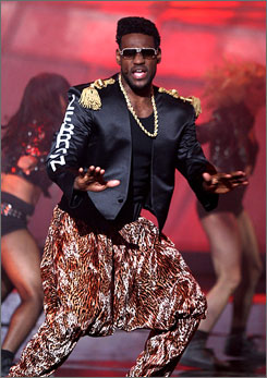 Pop icon Bobby Brown? Not quite. It's Cleveland Cavaliers superstar Lebron James, performing to Brown's My Perogative, as co-host of the 2007 ESPY awards.
