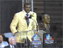 "Michael Irvin brought a group of guest totaling more than 400 to his Hall of Fame induction on Saturday. Joked the former Dallas Cowboys wide receiver about touring the Canton museum, ""When we get there I'm going to have to make an announcement: 'Irvins  These are not souvenirs to be taken home. Look, but do not try to take!' """