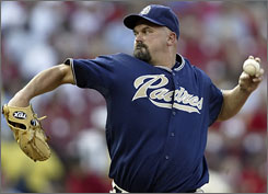 David Wells has won 235 games over his 21-year career, but he is 0-3 with a 14.33 ERA in his last four starts.