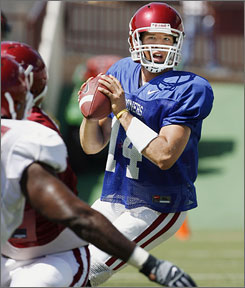A strong scrimmage on Saturday helped Oklahoma's Sam Bradford gain the starting job at quarterback.