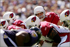 Cardinals backup quarterback Kurt Warner replaced starter Matt Leinart at two points on Sunday in Baltimore and nearly engineered a come-from-behind victory.