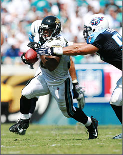 Jaguars running back Maurice Jones-Drew is one of six De La Salle, Concord, Calif., alums playing in the NFL.