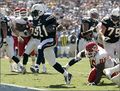 San Diego's LaDainian Tomlinson finally got on track with his first 100-yard rushing game in Week 4.