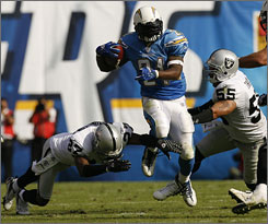 LaDainian Tomlinson rushed for four touchdowns in the Chargers' win against Oakland on Sunday. He had only rushed for two scores in the first five games combined.