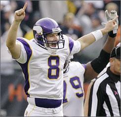 Minnesota Vikings kicker Ryan Longwell celebrates his 55-yard game-winning field goal in Chicago.