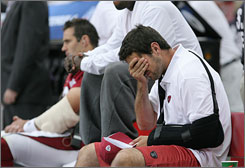 With injuries to Matt Leinart, right, on Oct. 7, and Kurt Warner on Sunday, the Arizona Cardinals now are without the two quarterbacks they were expecting just two weeks ago to help engineer a playoff run.