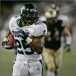 "Tulane running back Matt Fort has rushed for 1,539 yards this season, including two 300-yard games. ""If he's not the best back in the country right now, I'd like to see who is,"" coach Bob Toledo said."