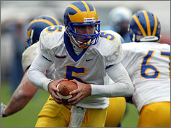 Delaware quarterback Joe Flacco, a former reserve for Division I-A Pittsburgh, has led the Blue Hens to the I-AA playoffs this season.