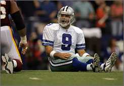 Cowboys quarterback Tony Romo, who graduated from high school in Wisconsin, leads his 10-1 team against his home-state Green Bay Packers, also 10-1, on Thursday in Dallas.