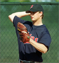 Former Twins pitcher    Dan Naulty says it was not performance-enhancing drugs that caused his rise and fall.