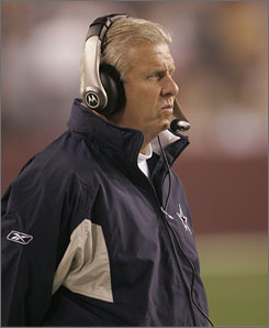 Bill Parcells, shown coaching the Dallas Cowboys, is leaving the ESPN studio for a desk job with the Miami Dolphins.