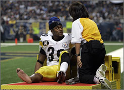 Steelers running back Willie Parker left Thursday night's game with a broken bone in his right leg.