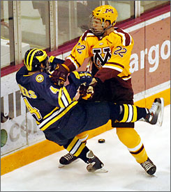 University of Minnesota forward Brian Flynn (22) will be among the Predators prospects playing at the World Junior Hockey Championships.