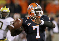 Sophomore quarterback Juice Williams helped Illinois to a 9-3 season and the school's first Rose Bowl appearance in 24 years. Williams has 1,498 passing yards, 13 touchdown passes and 10 interceptions this season, and he has rushed for 774 yards and seven scores.