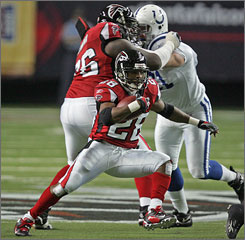 Former Atlanta Falcons running back Warrick Dunn was signed by the Tampa Bay Buccaneers on Monday. He rejoins the team that he began his career with and helped turn into a championship contender.