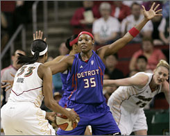 Forward Cheryl Ford with be with the Shock for her sixth WNBA season.