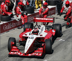 Jimmy Vasser, in the pits at Long Beach in 2005, is a past Champ Car champion. He'll return to the track in Sunday's Toyota Grand Prix of Long Beach.