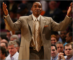 Isiah Thomas had plenty of hands-over-head moments during his Knicks tenure, which culminated with a 23-59 record this season and a three-game losing streak.