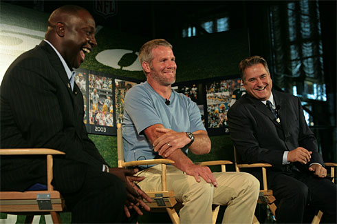 Favre talks to Sharpe and the Mooch