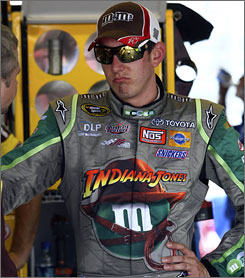 After his run-in with Dale Earnhardt Jr., Kyle Busch will let his racing do his talking this week at Darlington.