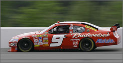 Kasey Kahne pilots his car to his first pole position of the season at Pocono Raceway on Friday.