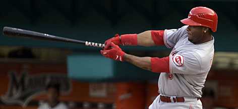 The Reds' Ken Griffey Jr. hits his 600th career home run in the first inning against Florida.
