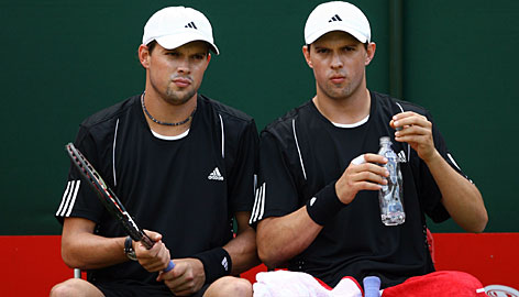 Bob, left, and Mike Bryan need 15 more titles to become the all-time winningest men's doubles pair in the Open era (since 1968).