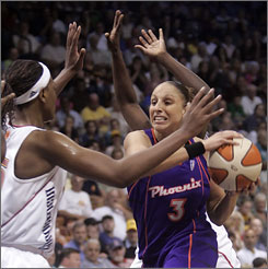 Phoenix's Diana Taurasi led the Mercury with 25 points on their way to a 87-80 win over the Connecticut Sun.