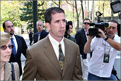 Ex-referee Tim Donaghy will begin serving his prison sentence on Sept. 23.