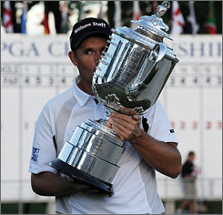 Padraig Harrington now has back-to-back major victories after a strong finish at the PGA.