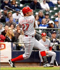Cincinnati's Jeff Keppinger hits a go ahead double that scored two runs in the top of the ninth inning as the Reds battled back from a 4-2 deficit to beat the Milwaukee Brewers 5-4.