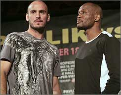 "Kelly Pavlik, left, 26, faces Bernard Hopkins on Saturday. ""If he trains like he's fighting a 43-year-old man, I'm going to get him,"" says Hopkins, the former undisputed middleweight champ."