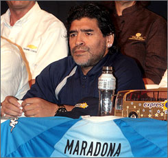 Argentina's legendary No. 10, Diego Maradona, has made it known that he would welcome the chance to work with the national team.