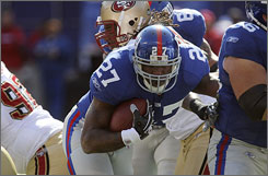 Giants RB Brandon Jacobs, whose physical style is reminiscent of former Steelers RB Jerome Bettis, arrives in Pittsburgh with the defending champions for Sunday's clash of 5-1 teams.
