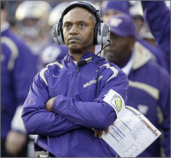 Tyrone Willingham failed to reach a bowl game in his four seasons with Washington.