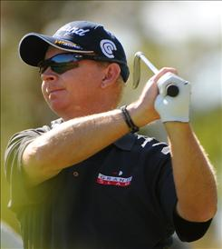 Kent Jones shot a 7-under 65 to share of the lead with Michael Letzig in the first round of the Ginn sur Mer Classic.