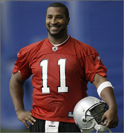 "Daunte Culpepper may start for the Lions on Sunday, just days after signing with the team. ""I'm like a sponge right now, trying to absorb it all,"" he said Wednesday after his first practice."