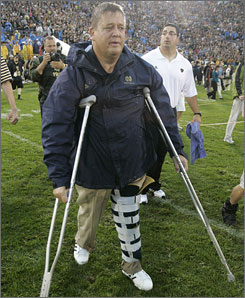 Even though the Irish are better, it still hasn't been a great year for Notre Dame coach Charlie Weis, who hurt his knee during a win against Michigan.