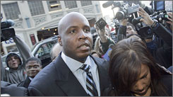 Barry Bonds and his wife Liz arrive at federal court in San Francisco last December.