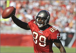Buccaneers wide receiver    Antonio Bryant has more than 1,000 yards for the second time in his career. His six TDs match his season high set in 2002 with the Cowboys.