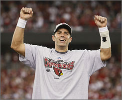 Quarterback Kurt Warner won his first Super Bowl title with the St. Louis Rams in 1999 behind the No. 1 ranked offense in the NFL. This time around, the Cardinals quarterback leads the No. 4 ranked offense into the Super Bowl.