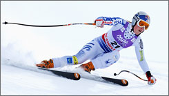 Lindsey Vonn on her way to the gold medal in the downhill at the World Championships in the French Alps.
