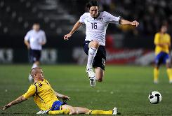 Sacha Kljestan, playing vs. Sweden, will try to help the USA clinch a sixth consecutive World Cup berth.