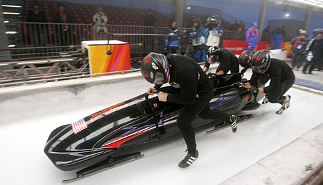 American bobsled captain Steven Holcomb is finding it tougher to prepare for the 2010 Olympics than he did four years ago.