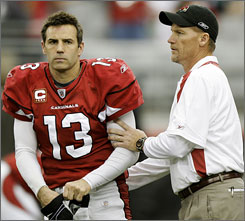 Cardinals QB Kurt Warner is set to become a free agent, but hasn't said if he'll definitely return for another season.