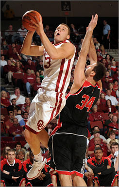 Blake Griffin scored 40 points and grabbed 23 rebounds to help No. 2 Oklahoma to a 95-74 victory over Texas Tech on Feb. 14, the Sooners' 13th straight win.
